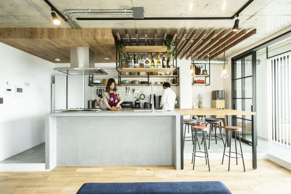 【豊中市】ホテルライクでインダストリアルなキッチンがあるお家。