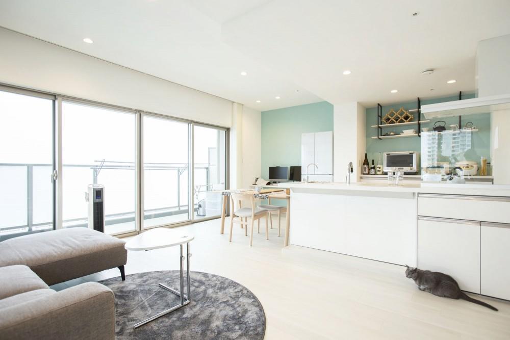 【大阪市】白を基調とした爽やかで、開放感のあるお家